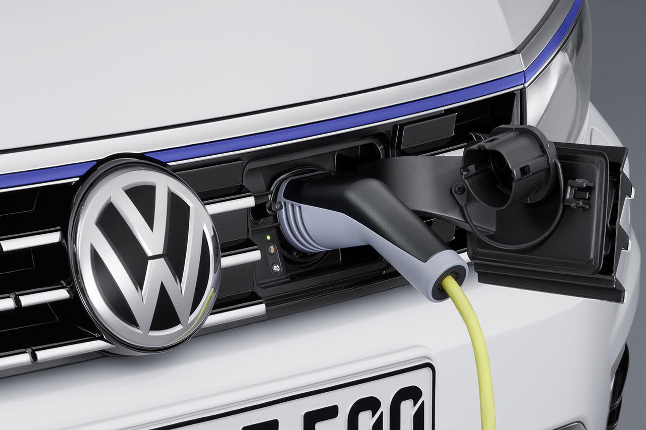 Volkswagen Passat GTE Plug-In Hybrid