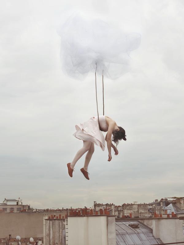Fotos surrealistas irreales de mujeres