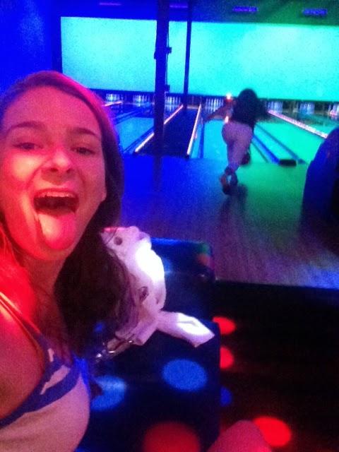 Selfie bowling