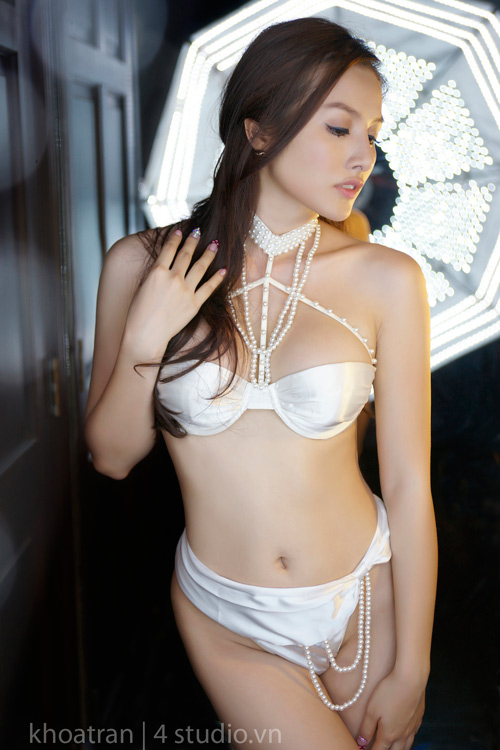 big boobs and white boobs