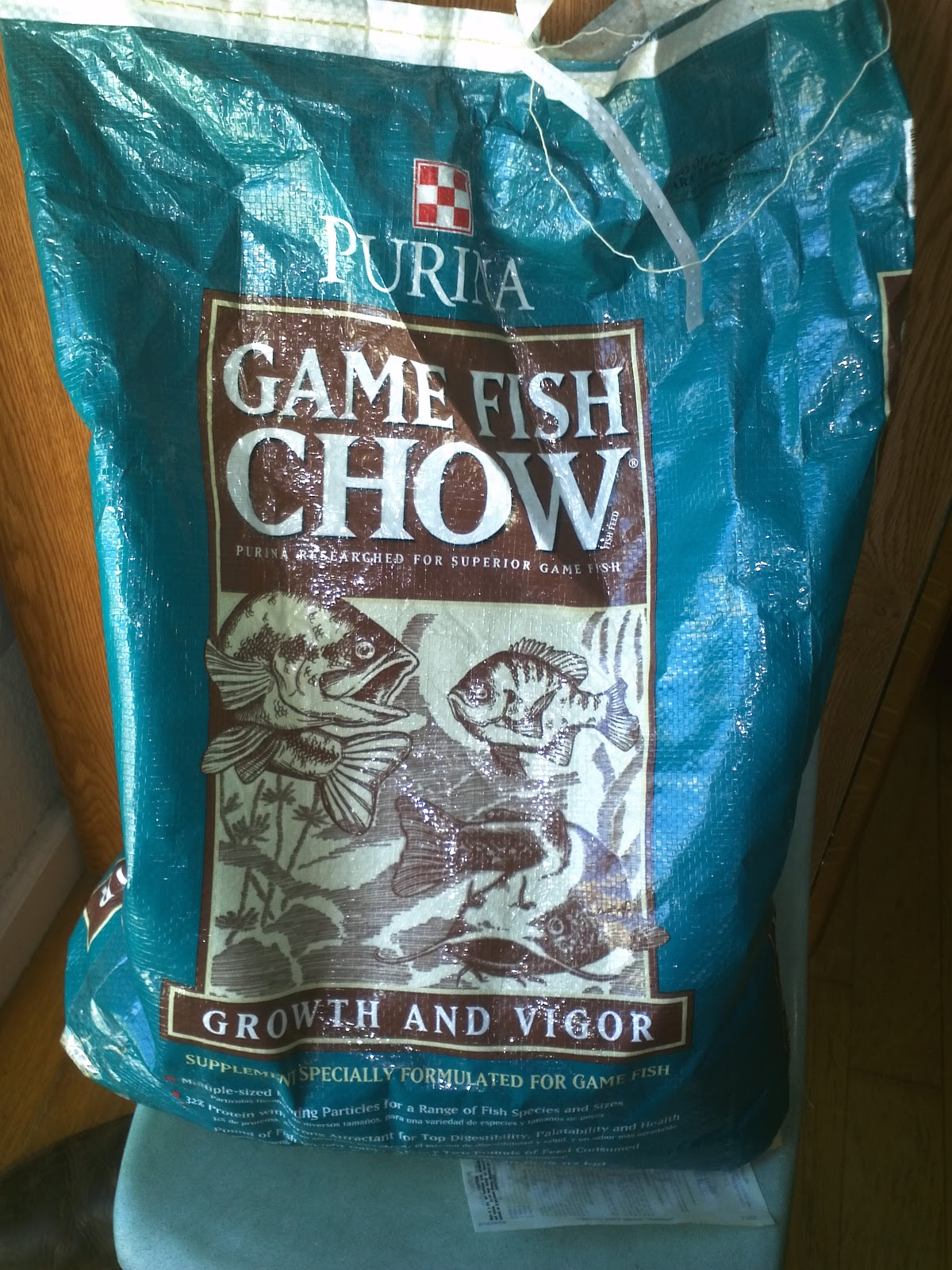 Wolfenhawke1 food for tilapia for Purina game fish chow