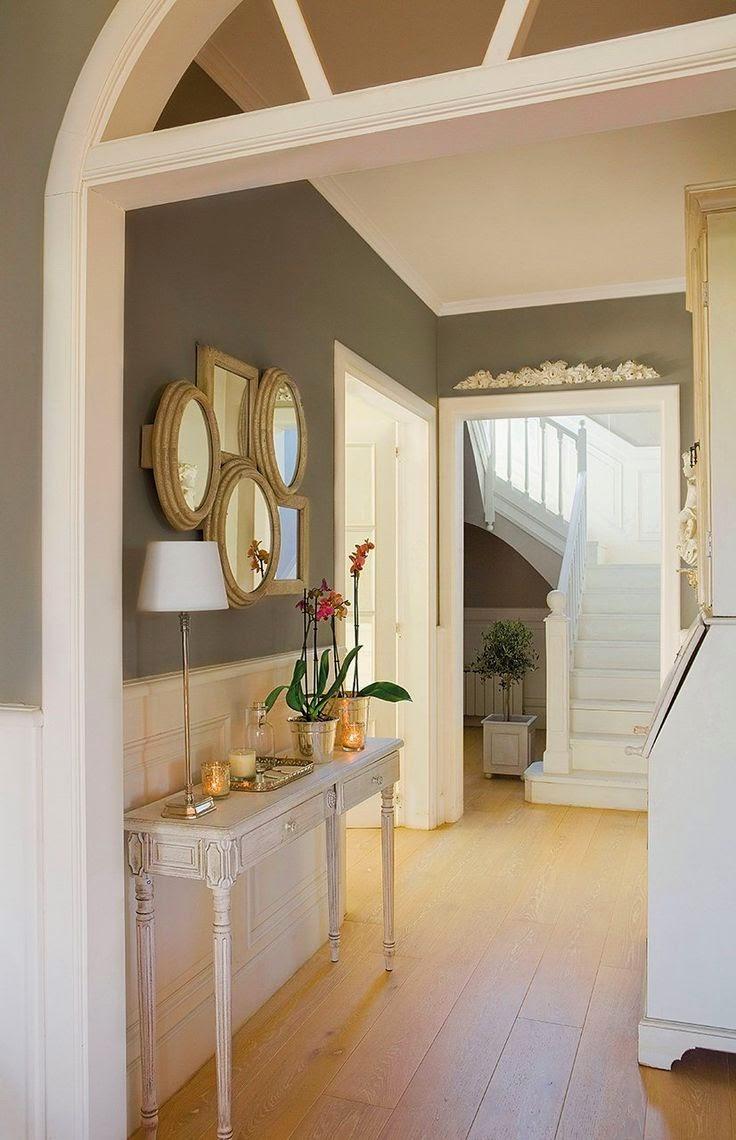 La maison 17 decoraci n interiorismo el recibidor i la for Decoracion de pasillo con escaleras