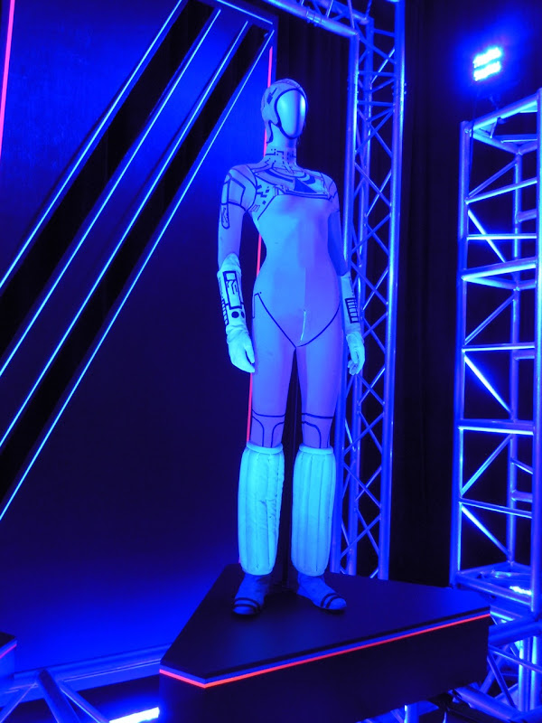 Cindy Morgan Yori Tron movie costume