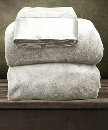 White Coral Fleece Sheet Set