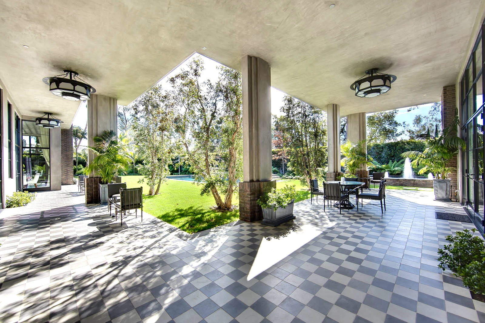 25 million dollar art deco style estate see this house for Lanai deck