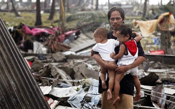 TIFONE FILIPPINE - HAIYAN  DISPIEGA LE SUE ALI E SI DIRIGE VERSO IL VIETNAM