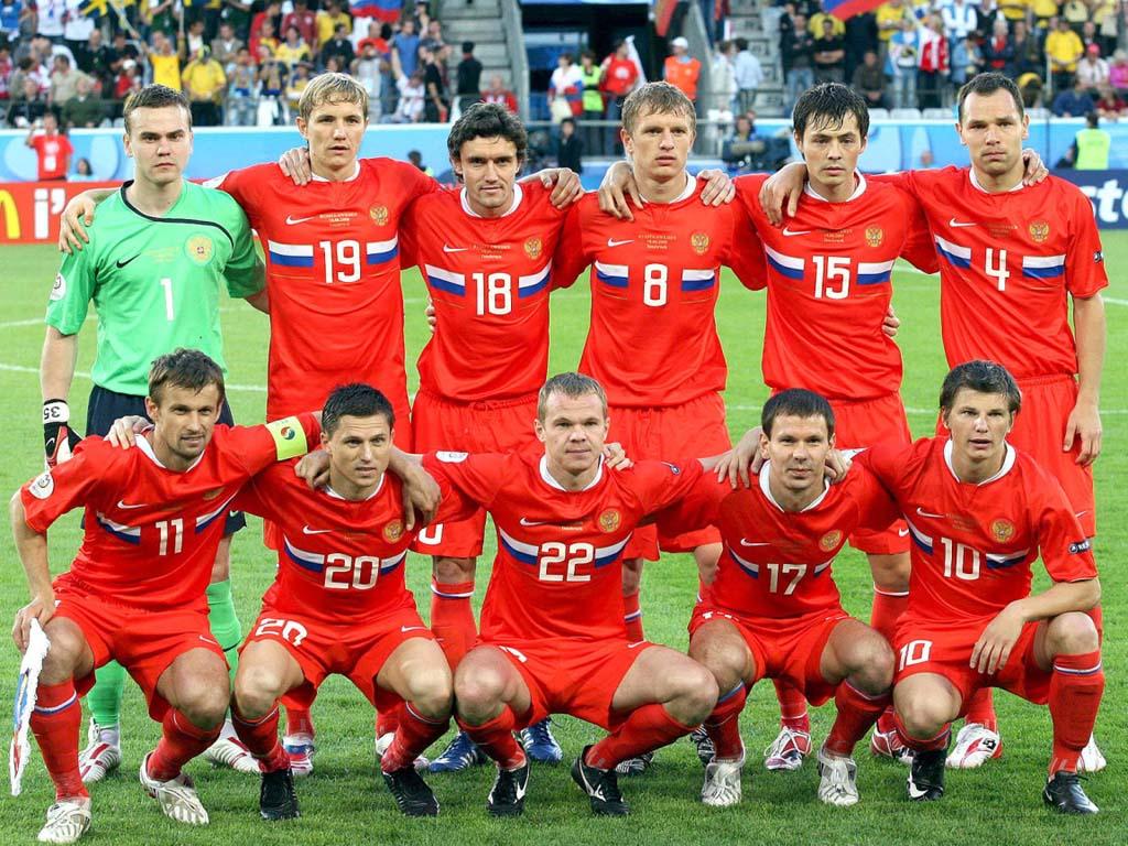http://4.bp.blogspot.com/-WPCTBP44bjY/Ttd0z6KrC7I/AAAAAAAAAXA/j2DKtO-2zTg/s1600/Russia-National-Football-Team.jpg