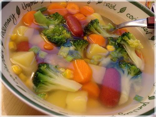Cara Memasak Sayur Sop Enak dari Resep Pilihan