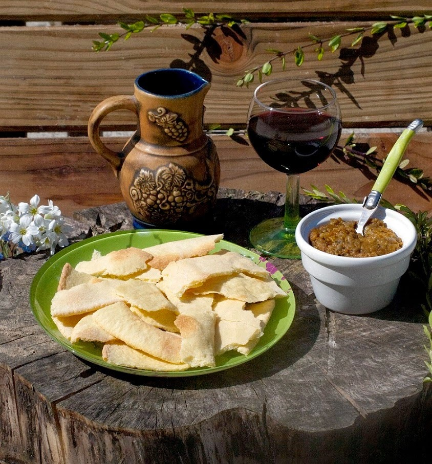 recette aubergines, Pain carasau et Caviar d'aubergines, recettes italiennes, pain carasau recette, recette pain carasau sans gluten, recette de pain de sardaigne