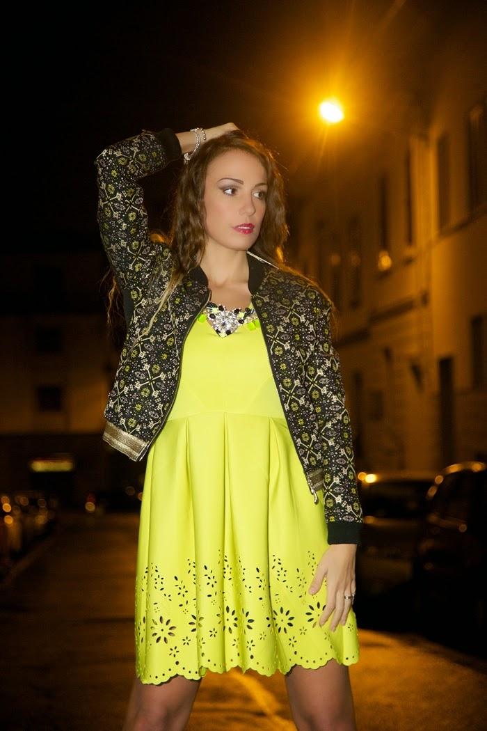 abito giallo fluo