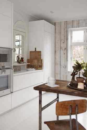 Dekoracyjny dodatek wprowadza świąteczny klimat w kuchni