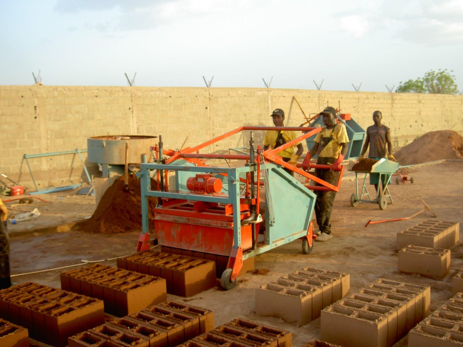 doubell brick machine