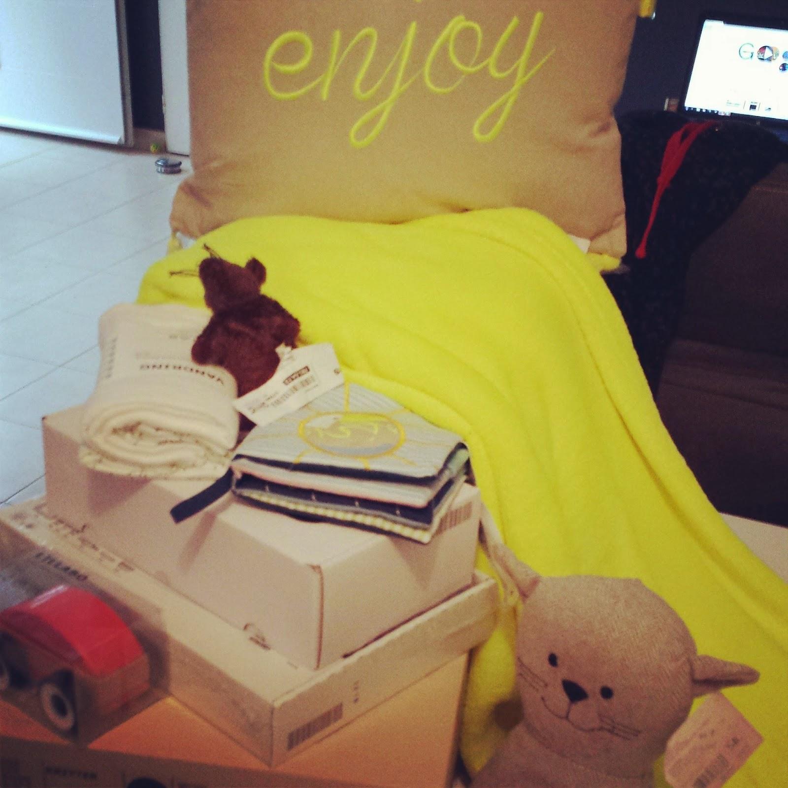 journ e lyonnaise milune la vie d 39 une nounou. Black Bedroom Furniture Sets. Home Design Ideas