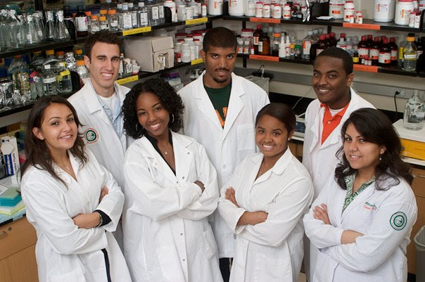 Pharmacy fun majors to study in college
