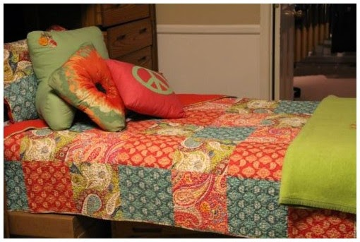 dorm room decorating ideas for college's girl