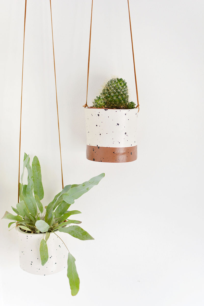 use air dry clay to make these faux ceramic planters!