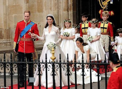 gaun pengantin Kate Middleton - William