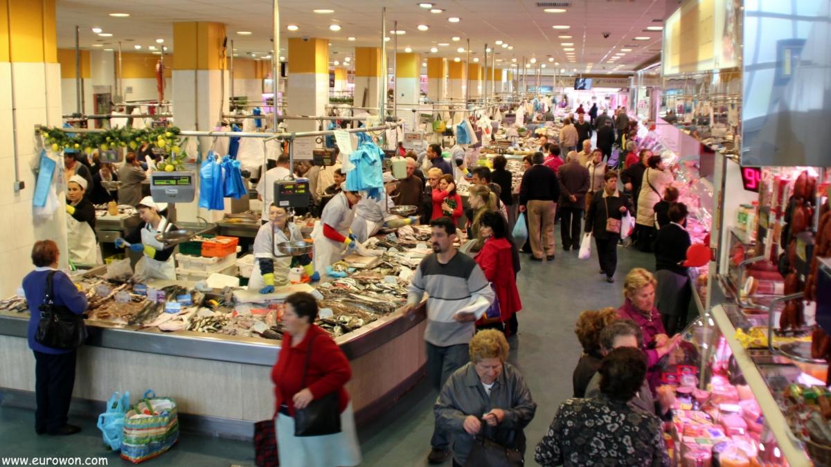 Vista general del mercado del Calvario de Vigo