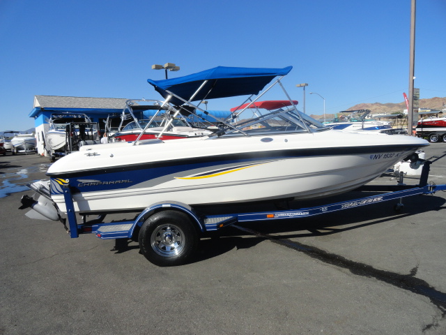 2001 Chaparral 180 SSe! Well maintained boat in excellent condition!