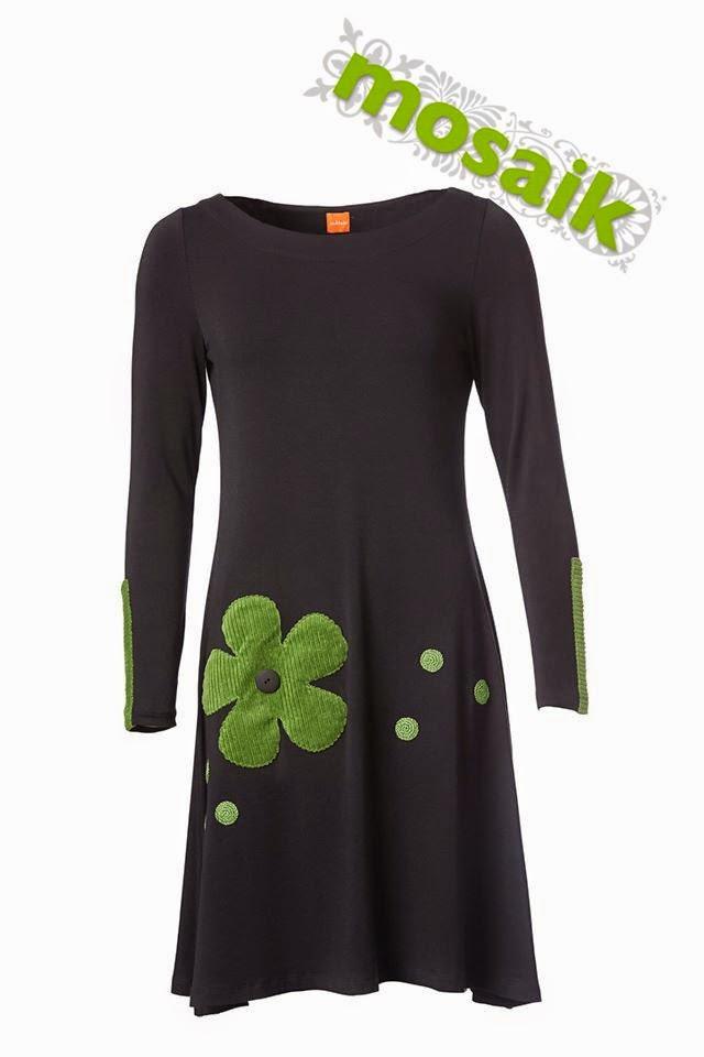Aiming for Annie klänning i svart med gröna blommor från duMilde