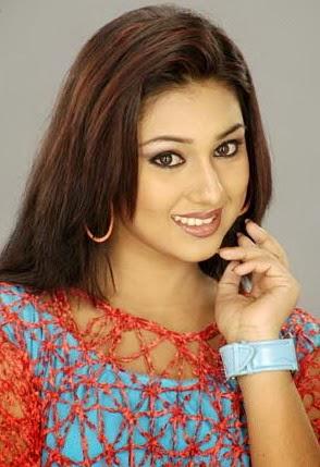 Amader choto saheb full movie