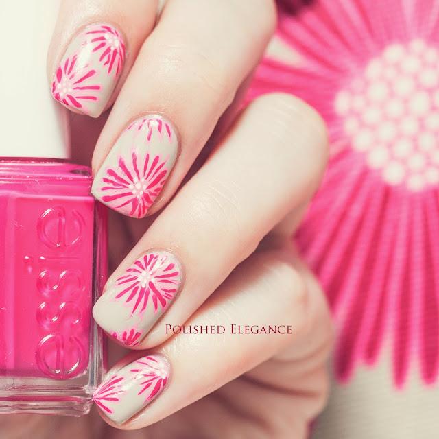 Filofax Cover Story nail art manicure Filofax nail art manicure flower nail art manicure nude and pink flowers manicure nail art