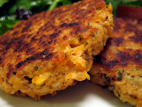 Grilled Salmon Cakes Canned Salmon