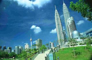 Suria KLCC, Pusat Perbelanjaan di Landmark Kuala Lumpur