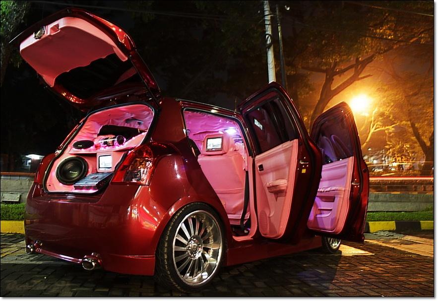 Inspirasi Modifikasi Suzuki Swift Reviewed by Siti Sarboah on Jumat  title=