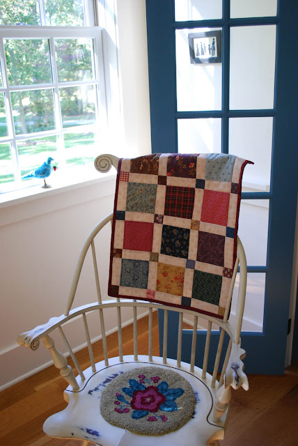 easy doll quilt with squares