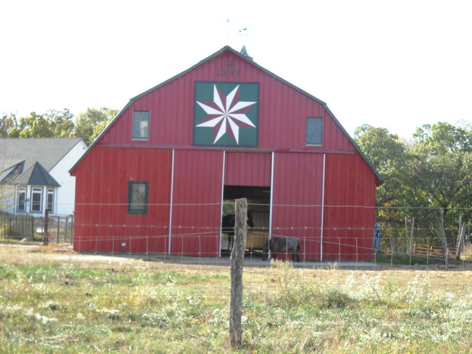 Barn quilts and the american quilt trail october 2011 for Garden shed quilting