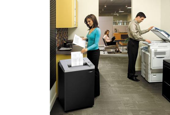 Máy hủy giấy, máy hủy tài liệu ngày nay quá phổ biến với văn phòng