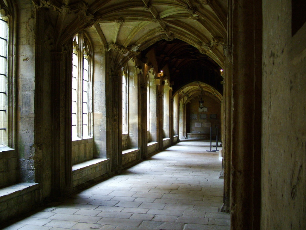 Pasillos de la Quinta Planta Hogwarts+pasillos