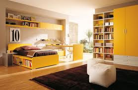 Yellow Bedroom Decorating Ideas Pictures
