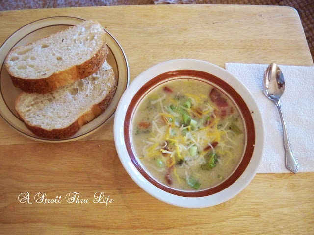 Reduced Calorie Soup Recipe- A Stroll Thru Life-Weekly Blog Link Up Party- Treasure Hunt Thursday- From My Front Porch To Yours