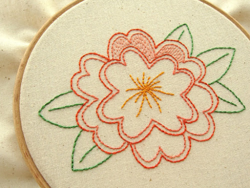 http://4.bp.blogspot.com/-WSlfVY7yp-4/VPMBYnIoY2I/AAAAAAAAcqQ/qkVOuvB96HM/s500/Flower%2Bembroidery%2BB.jpg