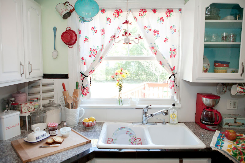 Vintage Kitchen Curtains Ideas