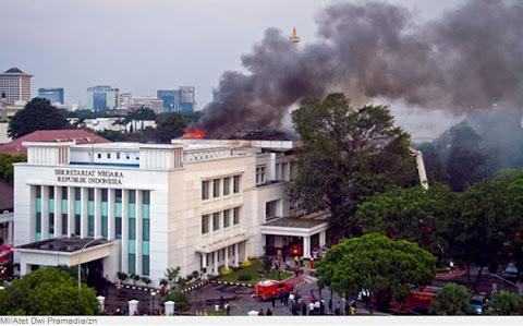 Foto Kebakaran Gedung Setneg