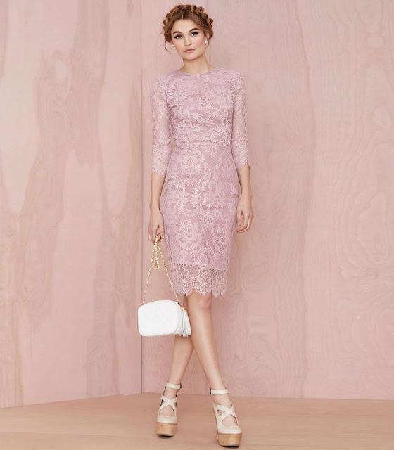 http://www.stylemoi.nu/pink-lace-cutout-buttoned-back-dress.html?acc=545