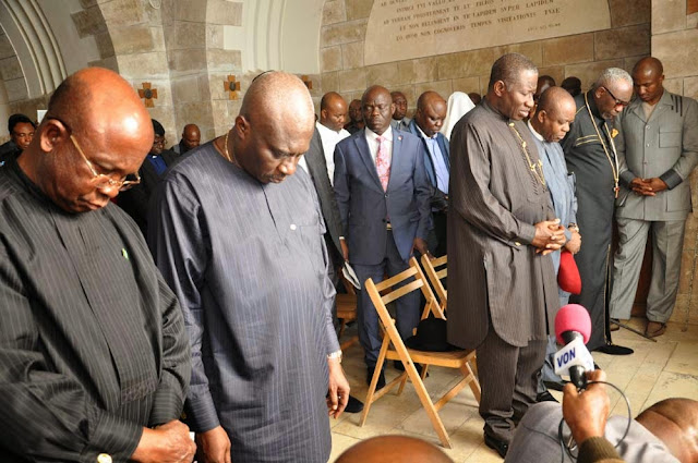 PHOTONEWS: Pres. Jonathan, Govs. Obi, Orji, Suswam, Akpabio, Ayo Oritsejafor, Several Others On Pilgrimage In Isreal