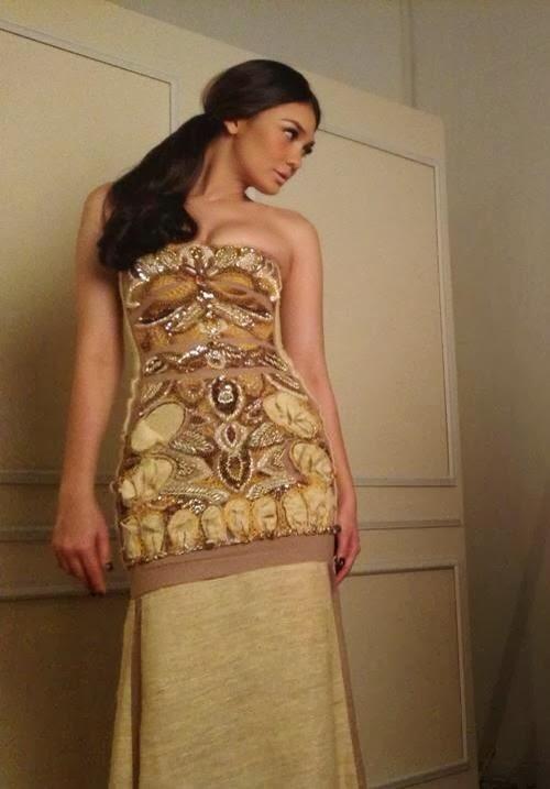 Gambar seksi Luna Maya, juri paling menggoda di MLM 2013