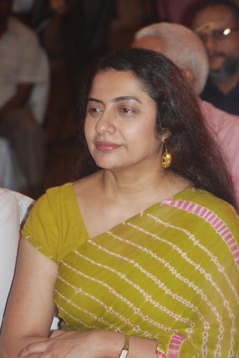 suhasini maniratnam @ a saint in the boardroom book launch photo gallery
