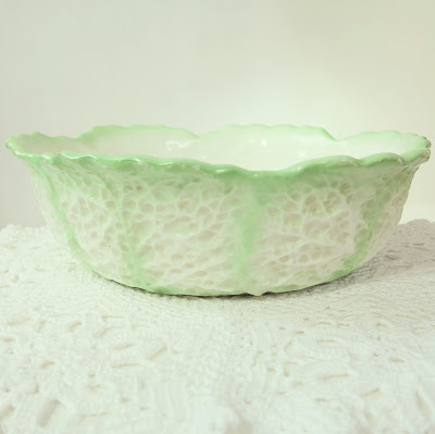 ByHaafner, vintage bowl. Max Roesler, cabbage leaves, mint green and white, crochet, doily