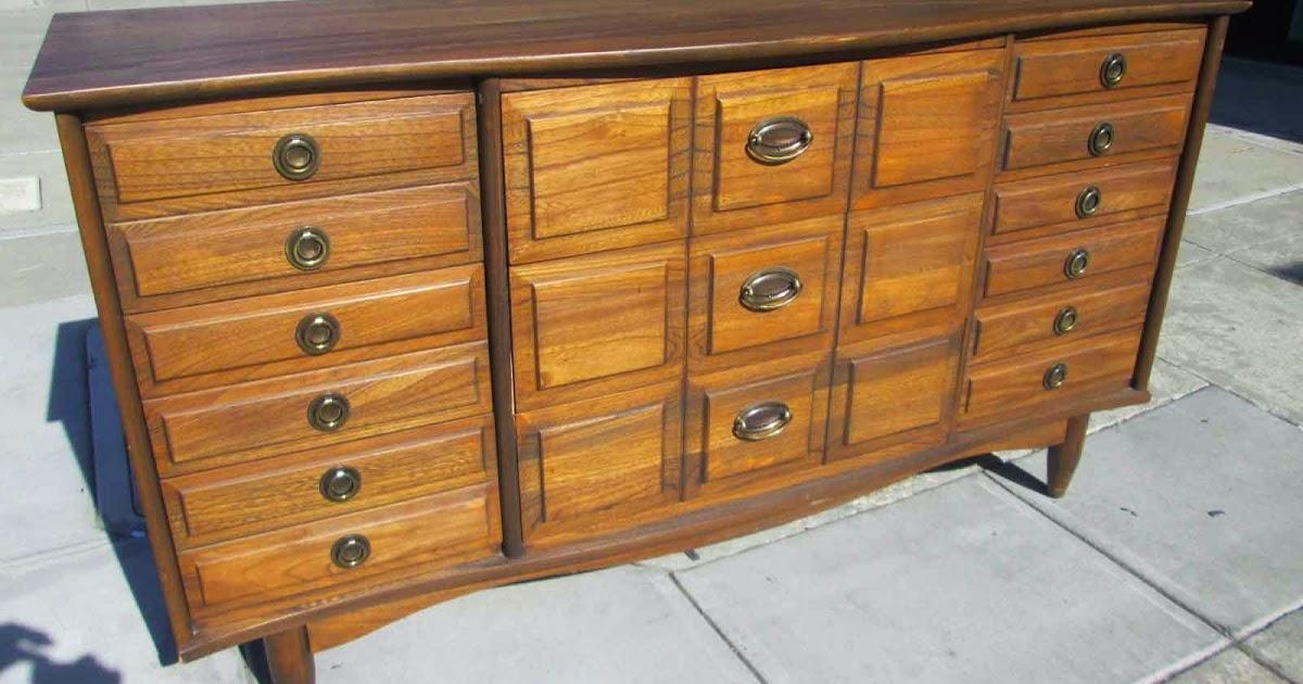 Attrayant UHURU FURNITURE U0026 COLLECTIBLES: SOLD LA Period Furniture Company Dresser    $175