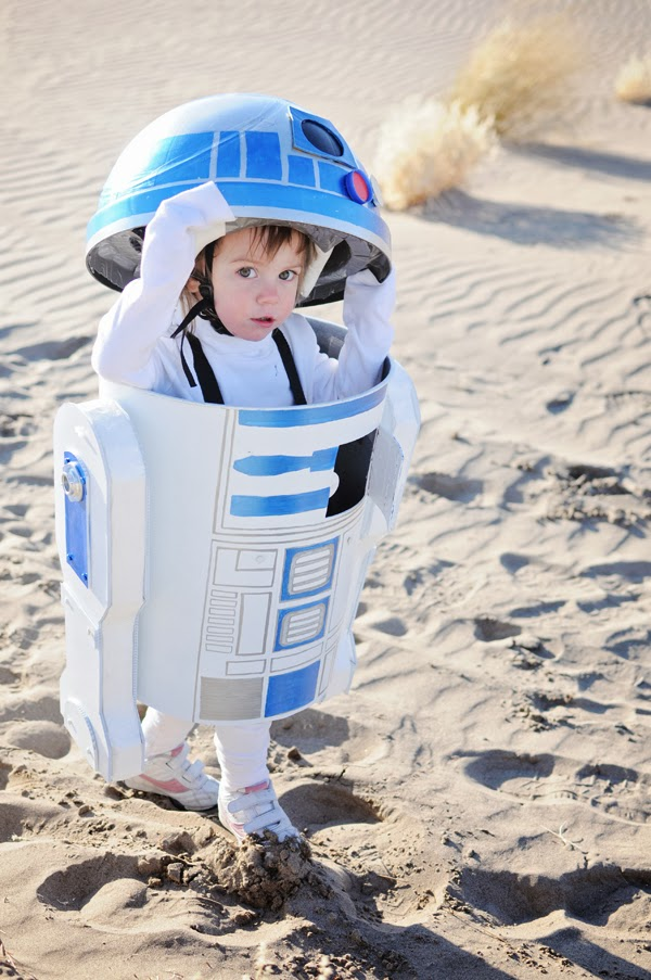 R2d2 Costume Diy Homemade Costume Tutor...