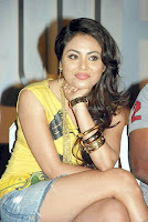Meenakshi, hot, thighs, show, pics