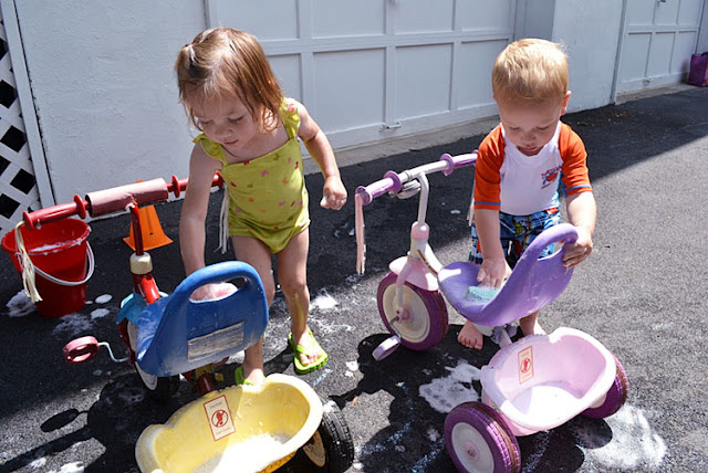 bike & trike wash for the kids, summertime fun, ideas for summer