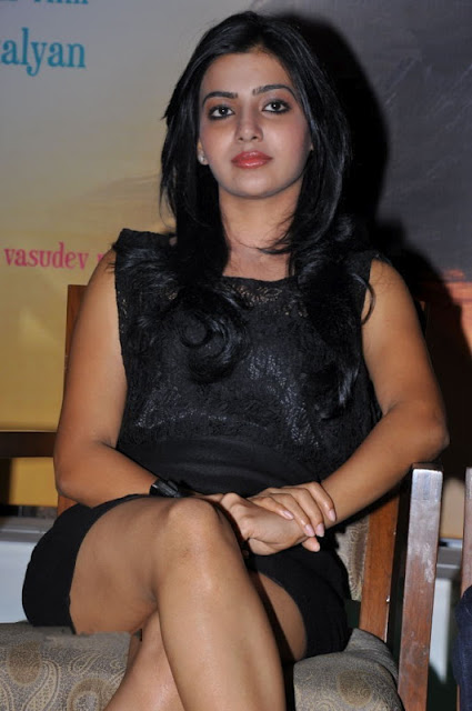 Samantha Latest Pictures in Short Skirt, Samantha Thigh Show Photos