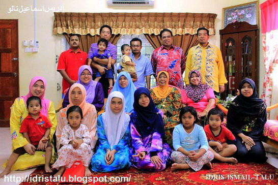 Keluarga Besar Di Jelebu