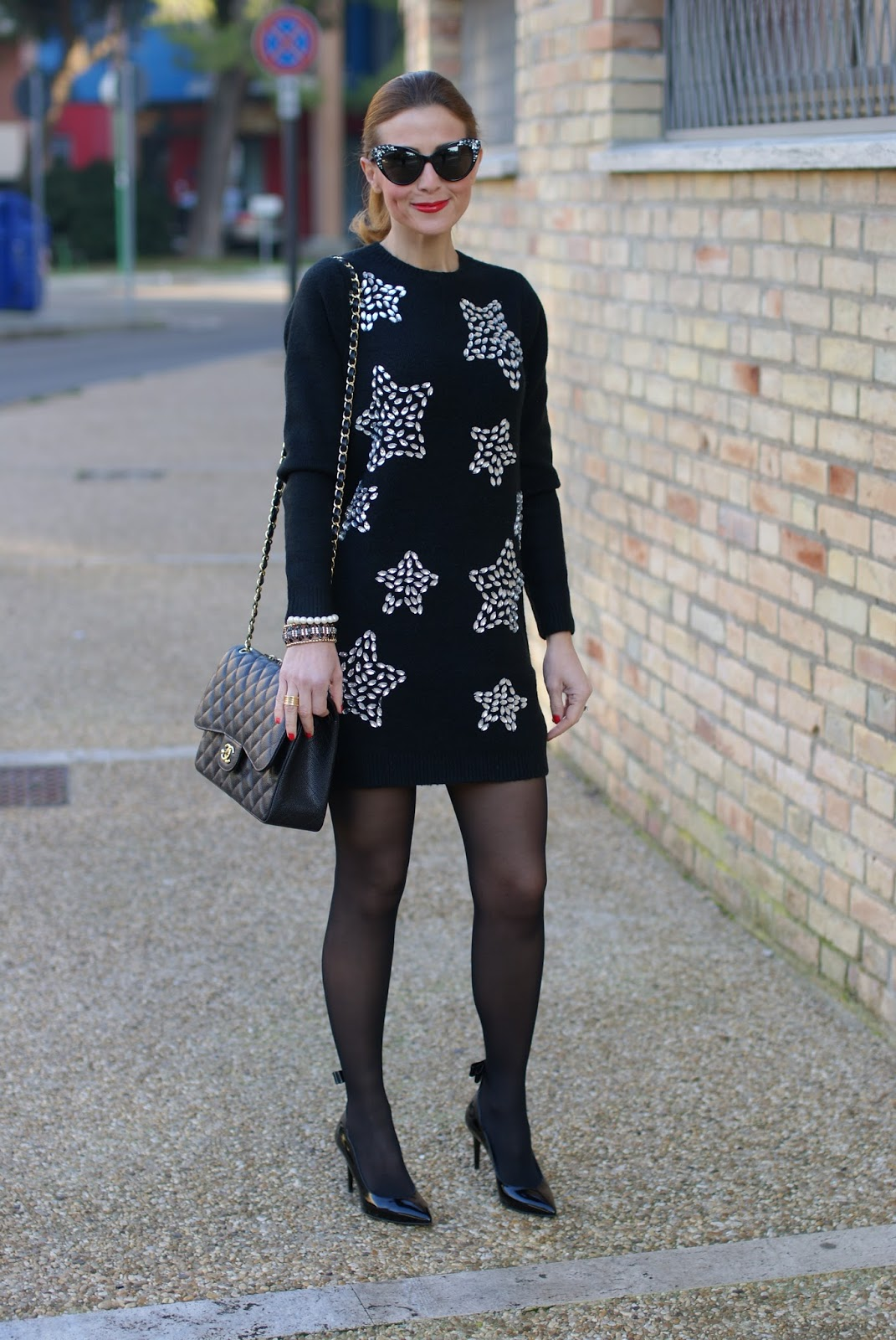 starry jeweled dress, total black outfit, sergio amaranti bekate heels and chanel 2.55 bag on Fashion and Cookies fashion blog, fashion blogger style